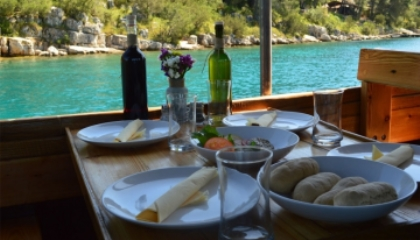 ADRIATIC PEARL TOURS from Hvar
