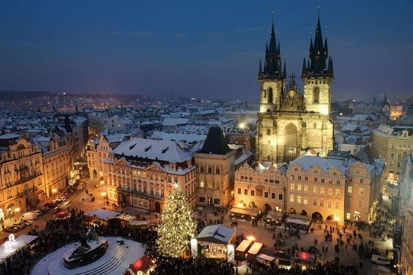 ADVENT PRAG - 4 DANA