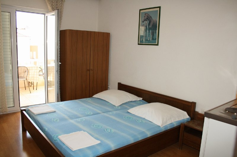 Antonia Makarska - Apartments Antonia A2 studio third floor Makarska